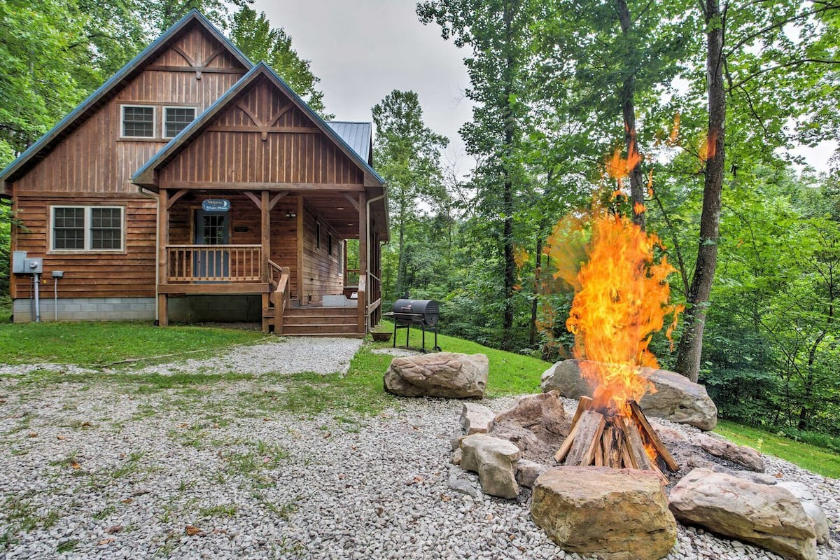 Hot Tub Wifi Pool Table Music Lover S Cabin Blues Moon 300 Acres In Red River Gorge Ky 2021 Room Prices Deals Reviews Expedia Com