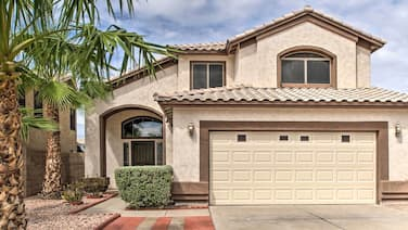 Pet-Friendly Home 2 Mi From Peoria Sports Complex!