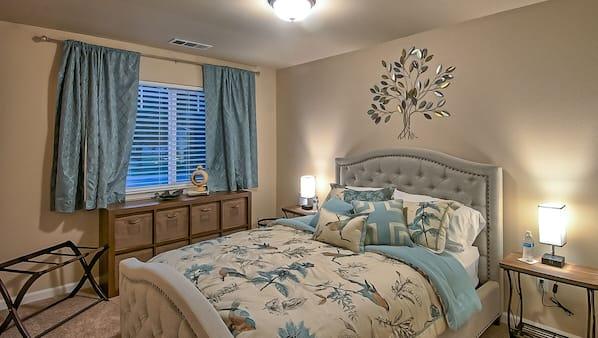 4 bedrooms, desk, iron/ironing board, travel crib