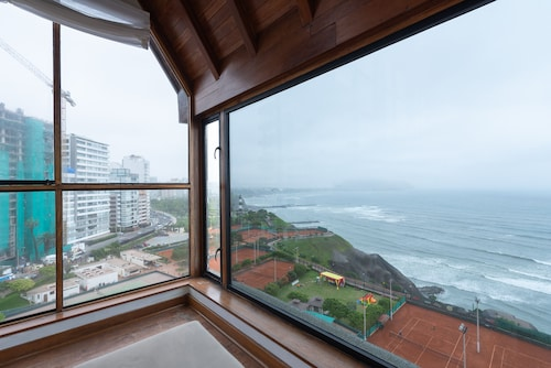 Simply Comfort Ocean View Penthouse 420m2