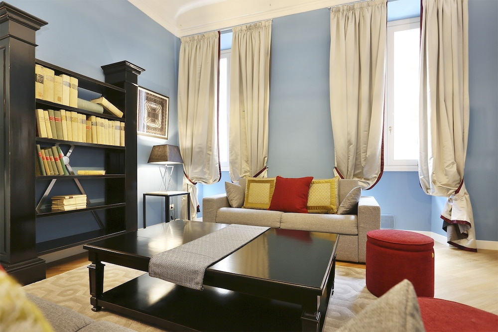 Living Room, Tornabuoni Boutique