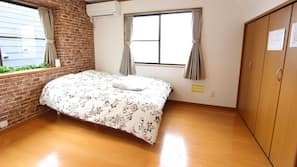 3 bedrooms, desk, blackout curtains, iron/ironing board