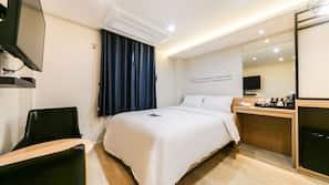 高級寢具、羽絨被、手提電腦工作空間、免費 Wi-Fi