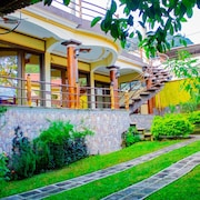 Pacucha House. is a Complete House Where you can Enjoy Complete Privacy .