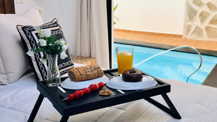 Nazaret suite apartment with heated private pool