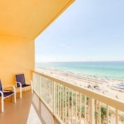 Beachfront Condo in Resort With Pools, Fitness Center, and Prime Location!
