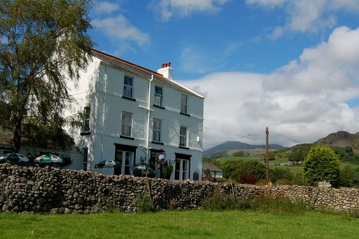 Brook House Inn Holmrook