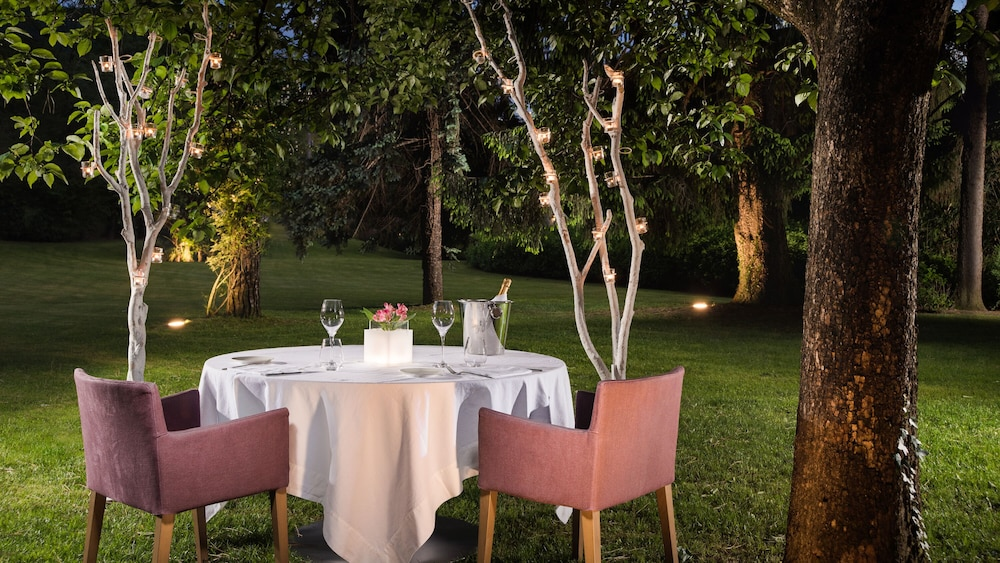 Outdoor Dining, Villa Maria Lake Como