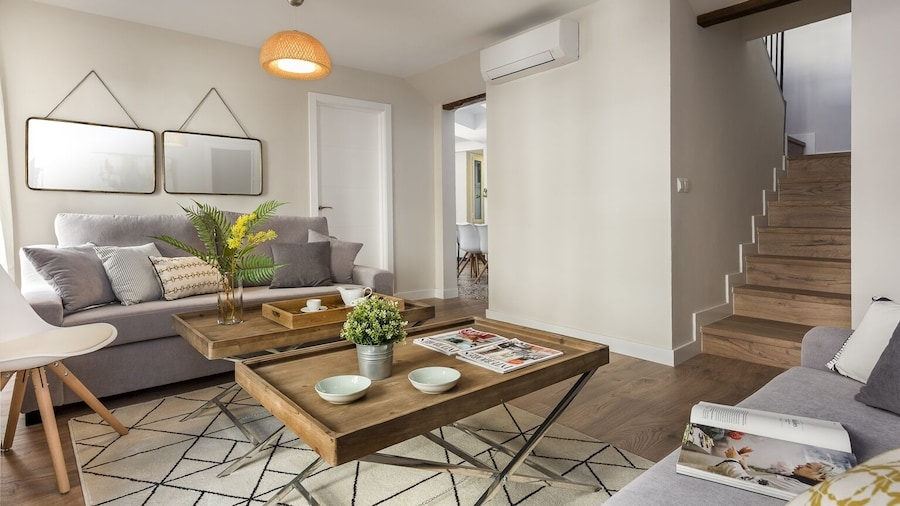 Large Designer Apartment for 8 People in the Historic Center of Malaga. Picasso III