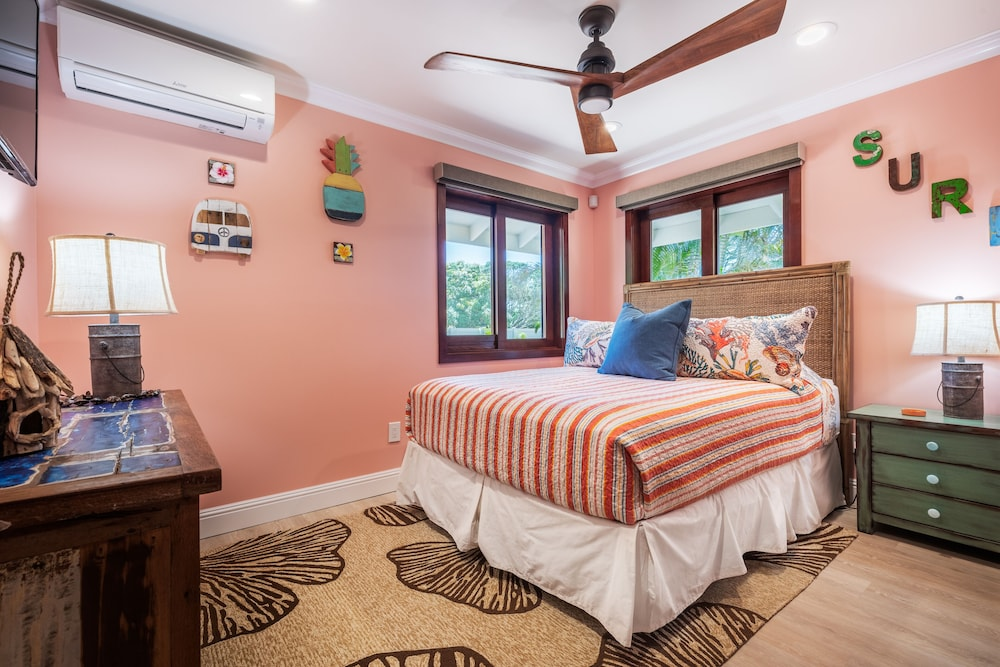 Room, North Shore/waialua - Large Estate Home W/resort-style Pool, Steps to Beach!