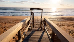 Private beach, beach umbrellas, beach towels
