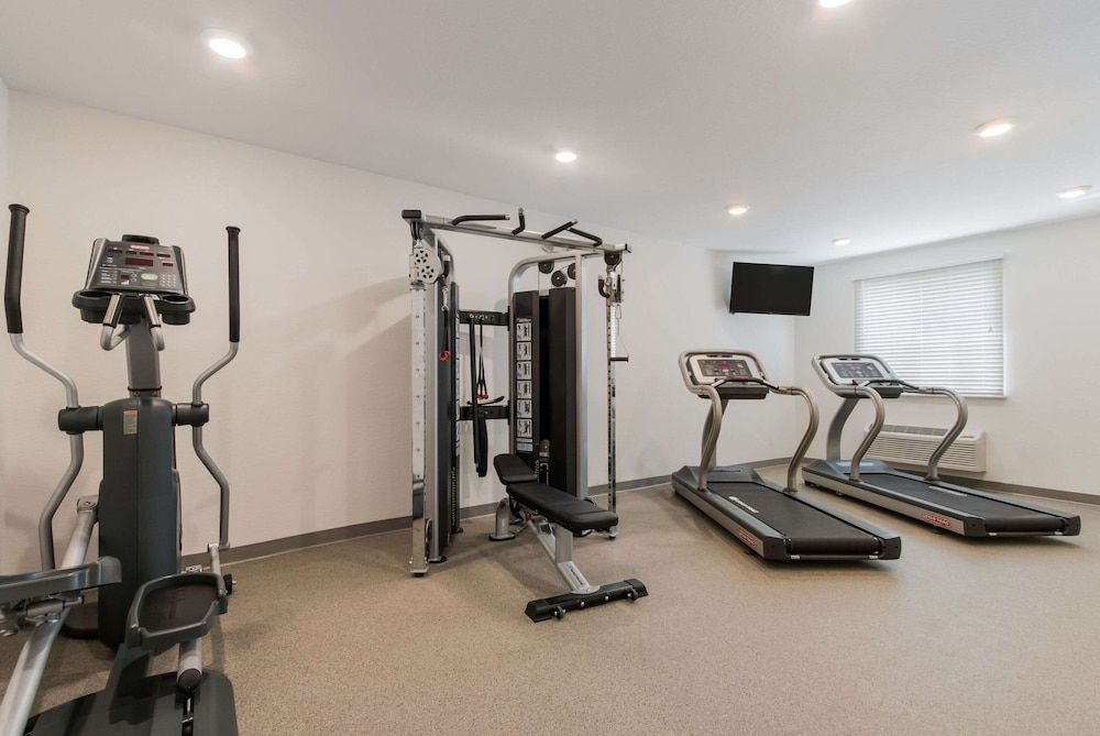 Fitness Facility, WoodSpring Suites Tamarac
