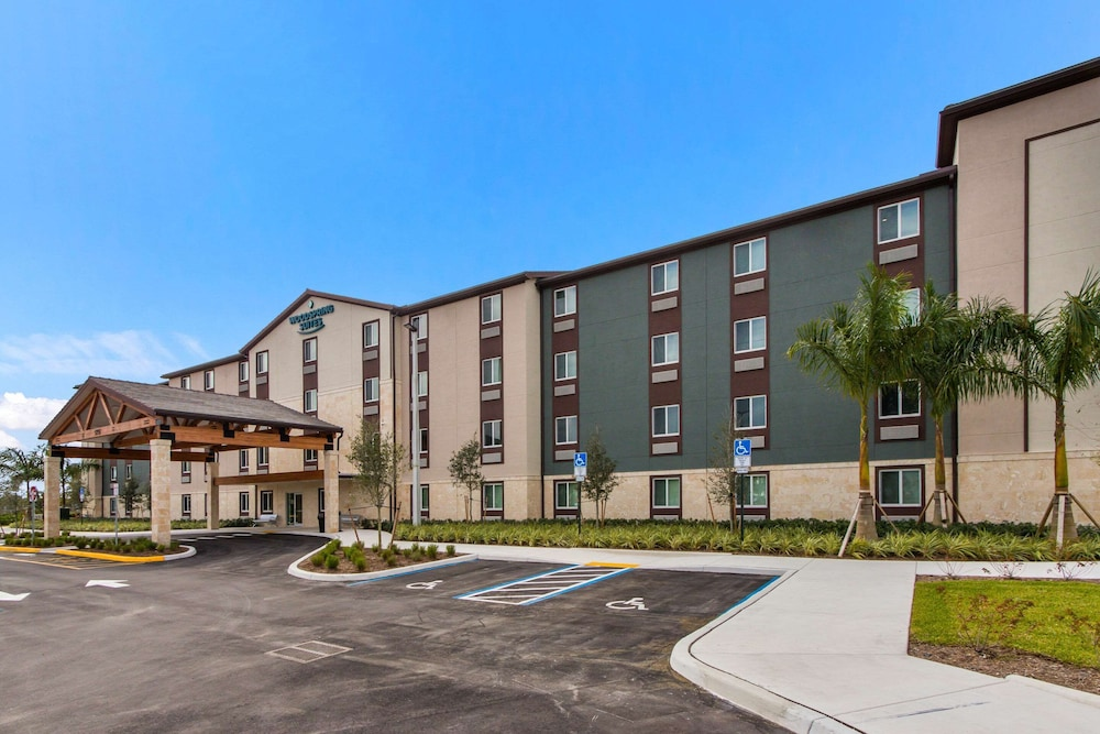 Featured Image, WoodSpring Suites Tamarac