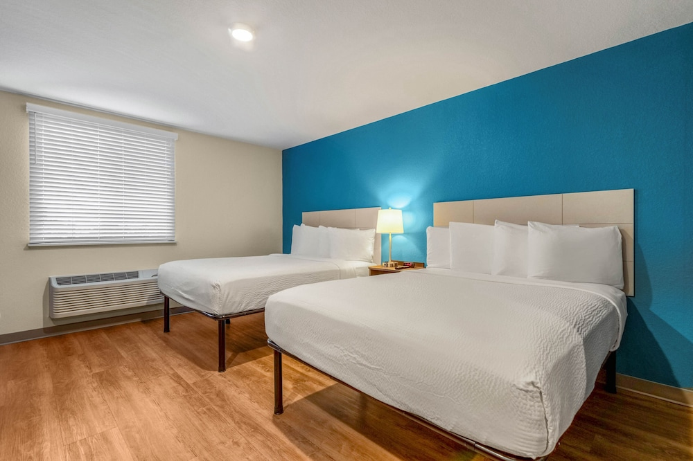 Room, WoodSpring Suites Tamarac