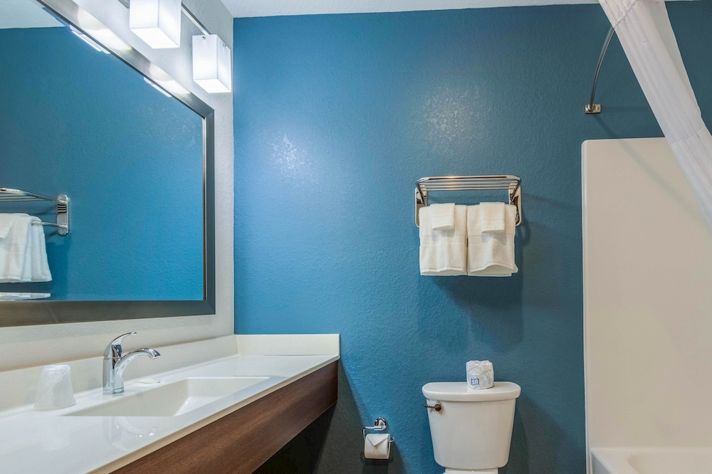 Bathroom, WoodSpring Suites Tamarac