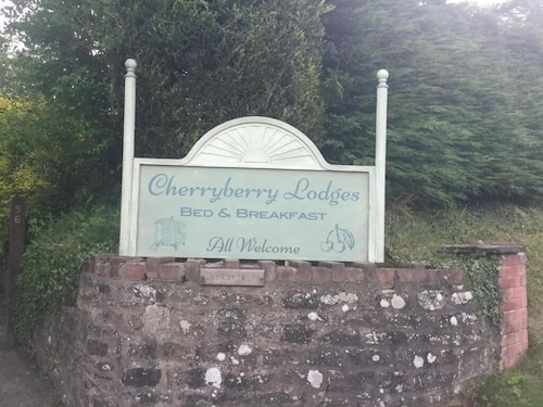Cherryberry Lodges