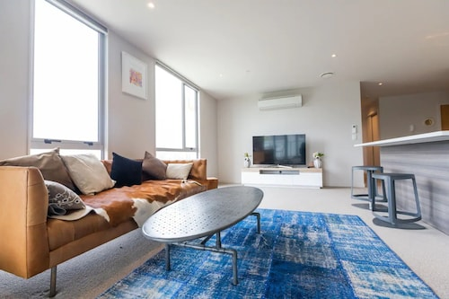 Modern 4 Bedroom Albany Apartment