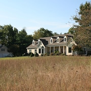 Meadowbrook -entire House - Close to Vineyards