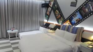 Premium bedding, desk, blackout drapes, free WiFi