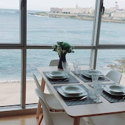 Apartment With Incredible Views of Riazor Beach