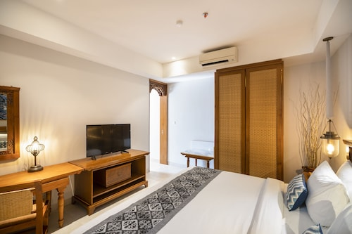 Suite Room With Kitchenette 2 Minutes to Kuta Beach