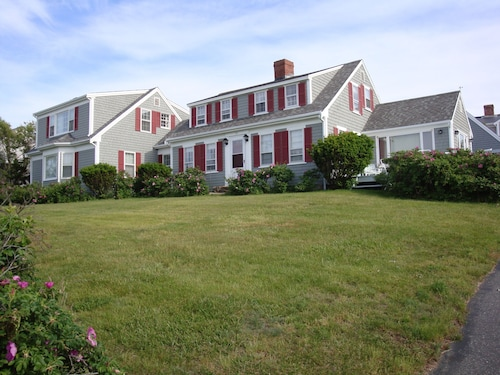 Views to Cape Cod Bay - Sesuit Neck - Sleeps 10