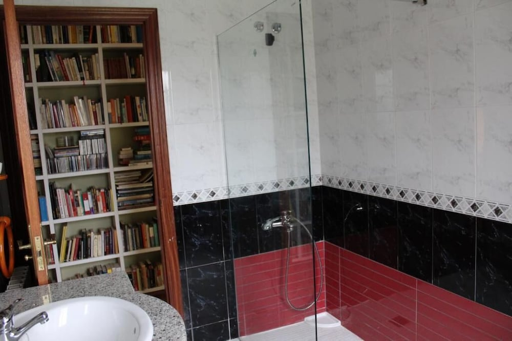 Bathroom, A Casiña da Mara