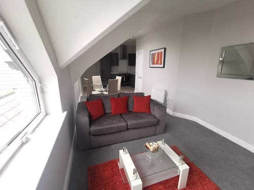 CR Mersey View 1 Bedroom Apartment