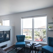 NEW Listing! Remodeled and Modern Condo Overlooking Portland and Mt. Hood
