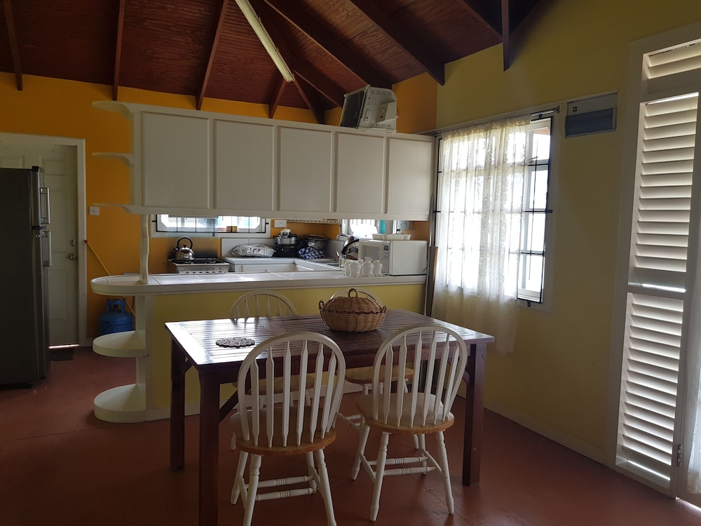 Private Kitchen, Starfish Chalet Marina Side