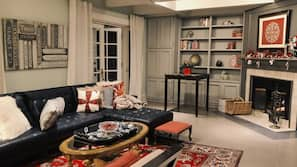 TV, fireplace, toys, books