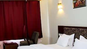 Individually furnished, free WiFi, bed sheets