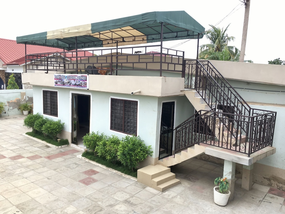 Western Nordic Lodge In Accra Hotel Rates Reviews On Orbitz
