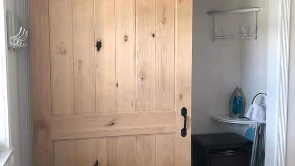 2 間臥室、上網