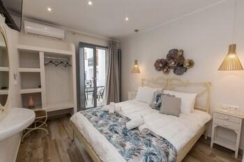 Naxos Enjoy Apartments