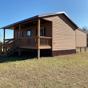 Cabins on Four Beautiful Acres in the Heart of the Shawnee Hills Wine Trail