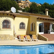Holiday Homes Villas Select, Moraira