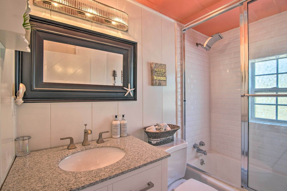 Bathroom, Waterfront Port Isabel Family Home w/ Pool & Pier!