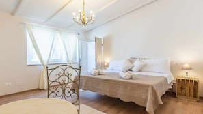 Desk, free cots/infant beds, rollaway beds, linens