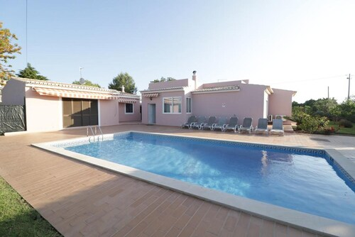 Villa With 5 Bedrooms in Estômbar, With Wonderful City View, Private Pool, Enclosed Garden - 6 km From the Beach