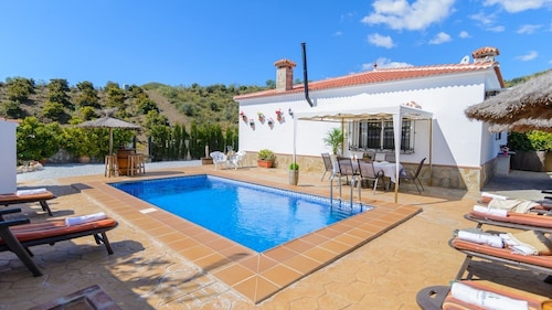 Holiday Villa in the Countryside, Ideal for Families