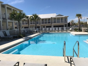 Crystal Beach Dr Townhomes C116