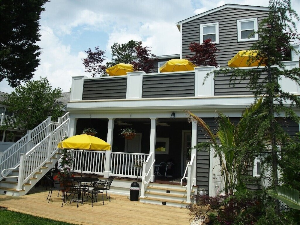Front of Property, Rehoboth Guest House - Adults only