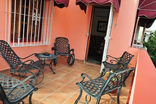 Mira Havana 1 - Colonial Home - Great Location
