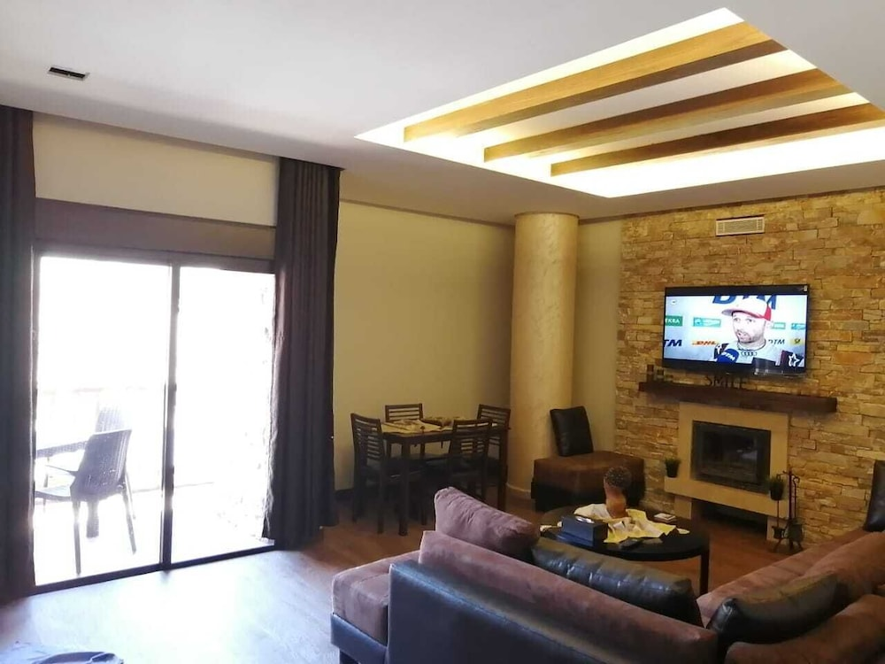 Living Area, Planet Suites