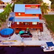 Big Pine Key, 3 BR, 2 1/2 Bath, Private Canal, New Remodel