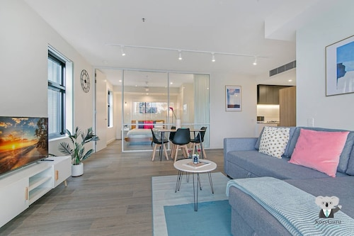 NEW Cozy Comfy APT Near Sydney Airport & CBD