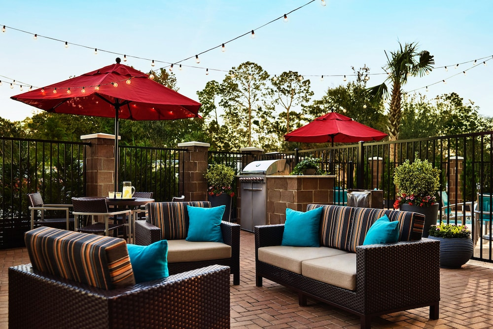 Terrace/Patio, TownePlace Suites by Marriott Miami Kendall West