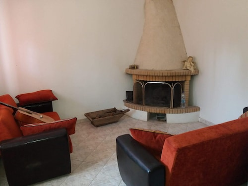 House With 2 Bedrooms in Lesvos, With Enclosed Garden and Wifi - 13 km From the Beach