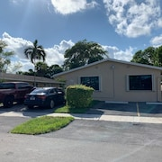 Beautiful Apartment in Dania Beach Only Minutes From Where the Action is